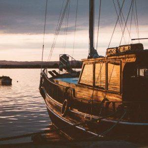 Πίνακας ζωγραφικής Boat in the port