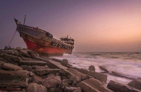 Πίνακας ζωγραφικής Rusty ship