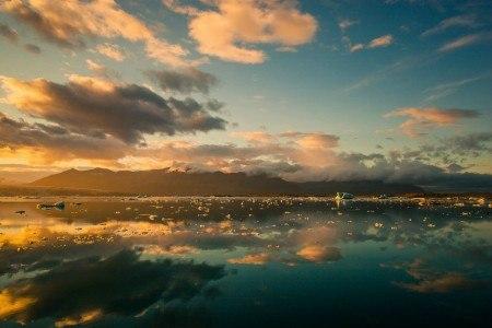 Πίνακας ζωγραφικής Mirrored sky