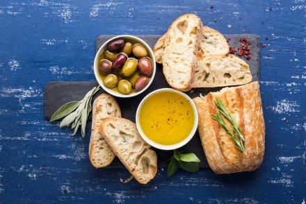Πίνακας ζωγραφικής Bread and olives